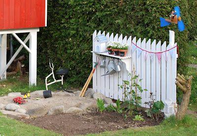 Spielhaus mit Garten