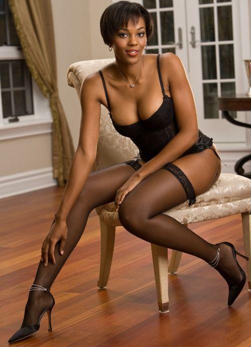 Free ebony women in pantyhose pics