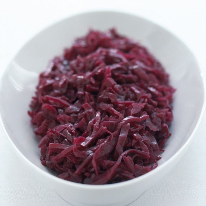 Oven baked Happy traditional braised red cabbage with apples