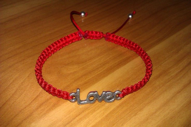 Red Love macrame bracelet by CC Bracelets