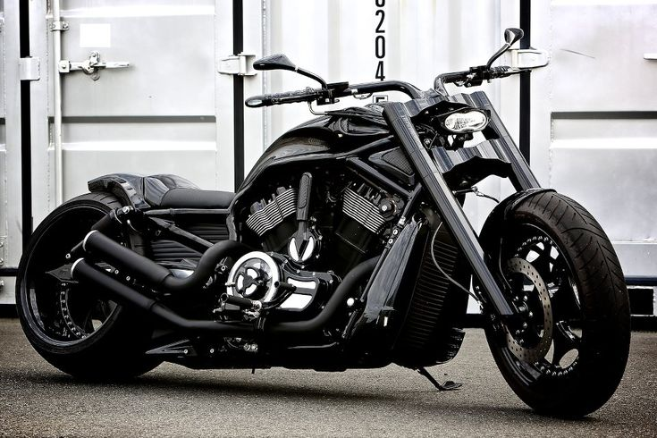 Harley Davidson V-ROD 330 Wide Tyre Customized