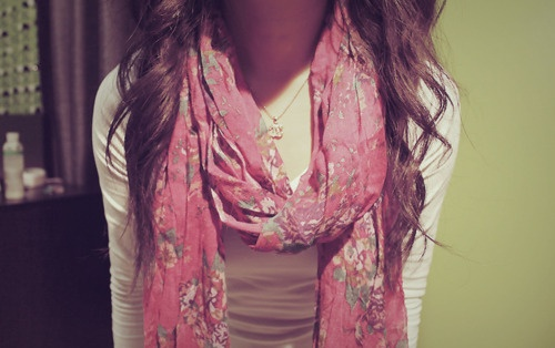 I want this scarf.: Call Fashion, Dreams Closet, Cute Scarfs, Floral Scarfs, Girly Things, Clothing Clothing, Wear Scarfs, Fashion Pinboard, Beautiful Scarves