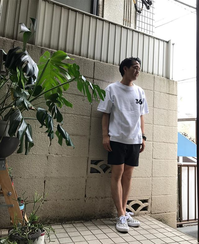 style sample!!! 半袖スウェットと膝上ショーツの相性抜群です^_−☆ #tops#wolveskillsheep#ウルブスキルシープ http://encinitas.shop-pro.jp/?pid=104515309 #shorts#burlapoutfitter#バーラップアウトフィッター http://encinitas.shop-pro.jp/?pid=118529463 #shoes#vans#バンズ http://encinitas.shop-pro.jp/?pid=119183930 #encinitas#エンシニータス#代官山セレクトショップ#代官山#恵比寿#半袖スウェット#ショーツ#スニーカー#メンズファッション#メンズ#レディースファッション#レディース#本日のコーディネート#通販 #sandiegoconnection #sdlocals #encinitaslocals - posted by tyler https://www.instagram.com/encinitas93. See more post on Encinitas…