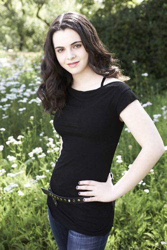 Vanessa Marano... from switched at birth. Love heeerrrrr!