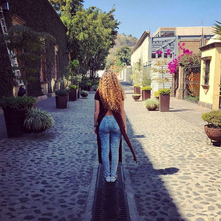 "42 Me gusta, 2 comentarios - Beauty Brunch (@beautybrunchblog) en Instagram: ""Beautiful roads 💙 #weekend #tequila #josecuervo #casacuervo #sun #lifestyle #blogger…"""