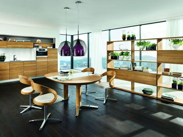 Vao kuchyně s jídelnou. / kitchen and dining room