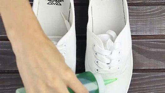 Comment rendre tes chaussures imperméables ? - http://www.01news.fr/comment-rendre-tes-chaussures-impermeables/ #CHAUSSURES, #ChaussuresImperméables, #Imperméables, #RendreTesChaussuresImperméables