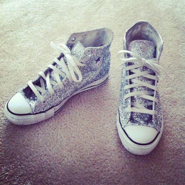 DIY glitter converse | moreMODE