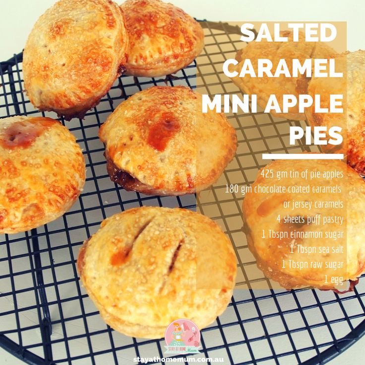Salted Caramel Mini Apple Pies   Stay at Home Mum #ApplePie #Caramel