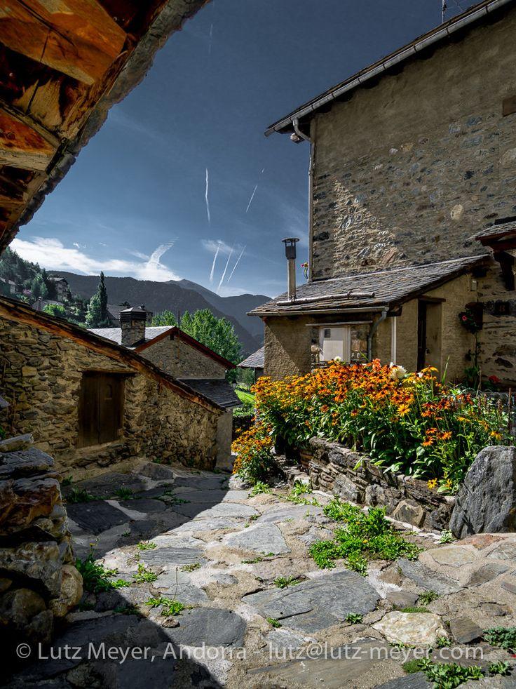 Andorra living: Vall nord, La Massana | l'Aldosa de La Massana. Historical center, La Massana (parroquia), Vall nord, Andorra, Pyrenees  ........