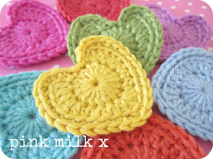 I found the loveliest 'perfect crochet heart' pattern and thought I'd share it with you.     It's  HERE .         I sat and hooked these ...