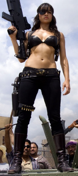 Guns, eyepatch, whatever...all I see are Michelle Rodriguez' sweet tits and that sexy toned tummy. ♥♥♥