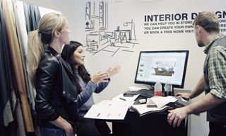 Make it right with BoConcept. Our interior designer will take measurements and make 3D drawings of the proposed BoConcept furniture and how it looks in your room. You will be invited for a presentation of the 3D visuals in your local store.