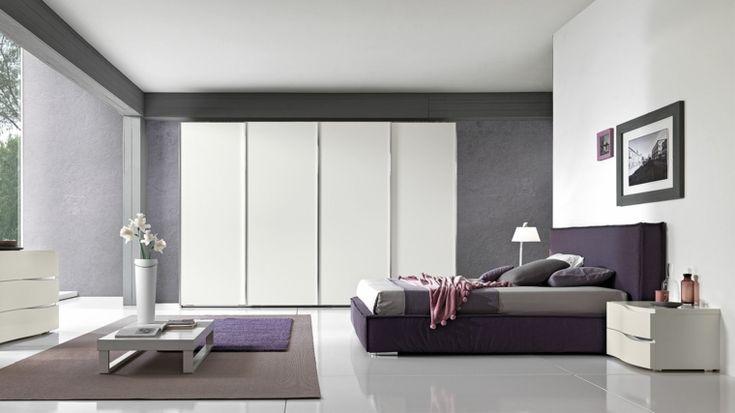 muebles blancos en el dormitorio moderno