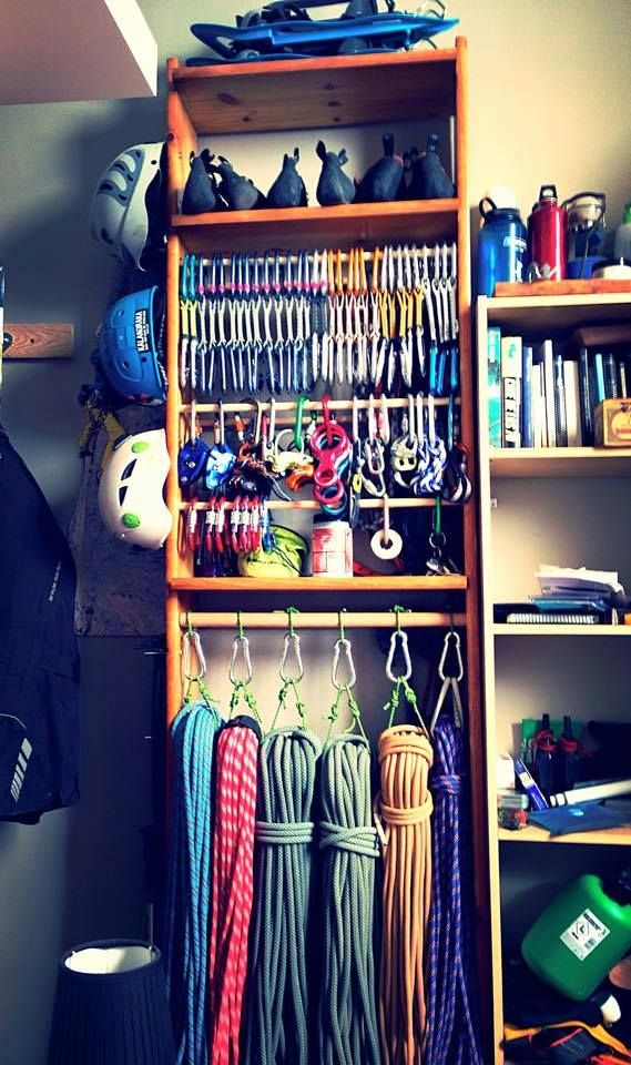 Rappelling, Rock Climbing, Closet Space, Outdoor Gear, Paracord, Apartment  Ideas, Stuff To Buy, Hiking, Diy Projects