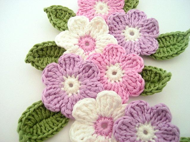 Crochet flower 9 pcs and 9 leaves, bicolor, 100% cotton quality yarn, applique. $8.50, via Etsy.