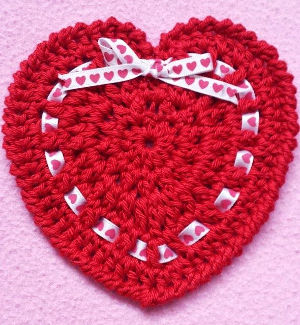 Free Crochet Pattern Heart Coaster : 1000+ images about Crochet Coasters on Pinterest ...