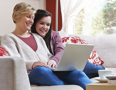 Installment cash loans  are arranged for catering your small monetary need that can alos be repaid easily with easy adjustable options. Now apply for this loan without going through any credit checks and other faxing paperwork for approval this loan.