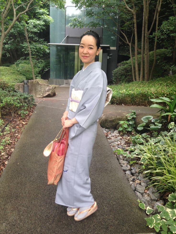 絽訪問着 / Summer Houmongi (semiformal Kimono)
