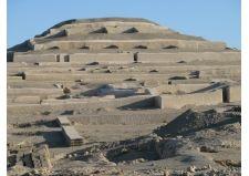 Cahuachi,a Nasca temple in Peru's desert