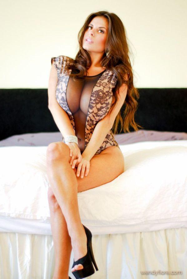 Sexy dd boobs