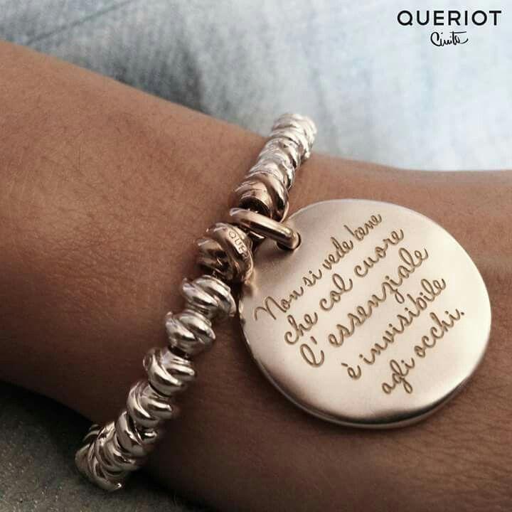 Qualcuno crederebbe che la mia rosa vi rassomigli. Ma lei, lei sola è più importante di tutte voi. Ecco il mio segreto, è molto semplice: non si vede bene che col cuore, l'essenziale è invisibile agli occhi.  www.queriot.com