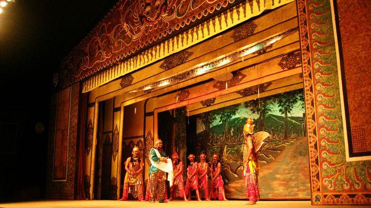 Javanese Human Puppet Theatre (Wayang Orang Sriwedari Solo) Indonesia