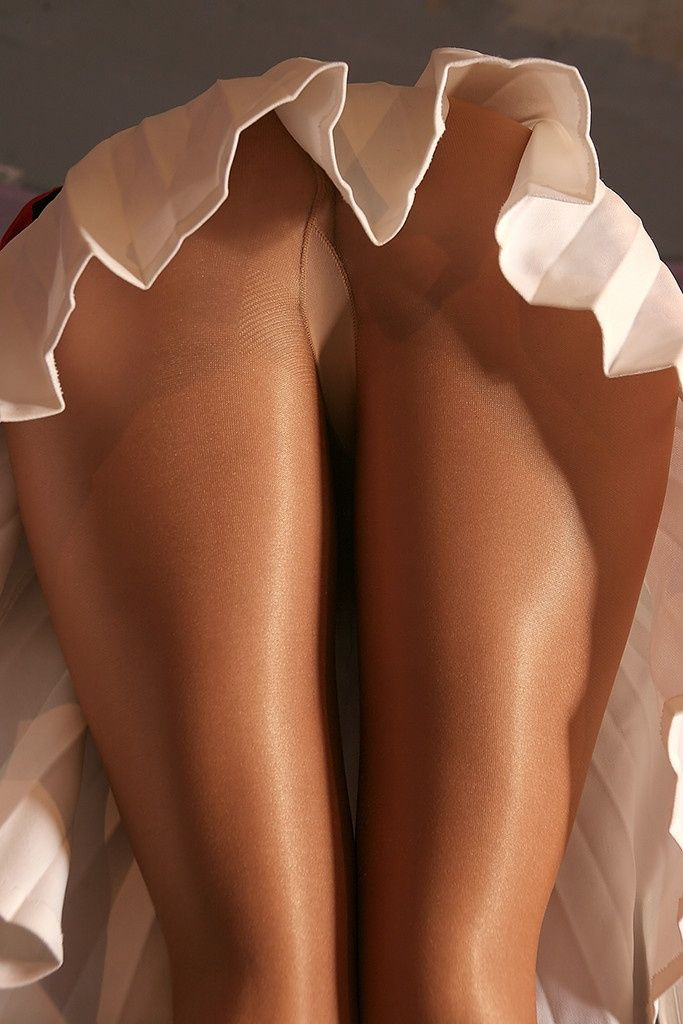 Total Pantyhose upskirt blog