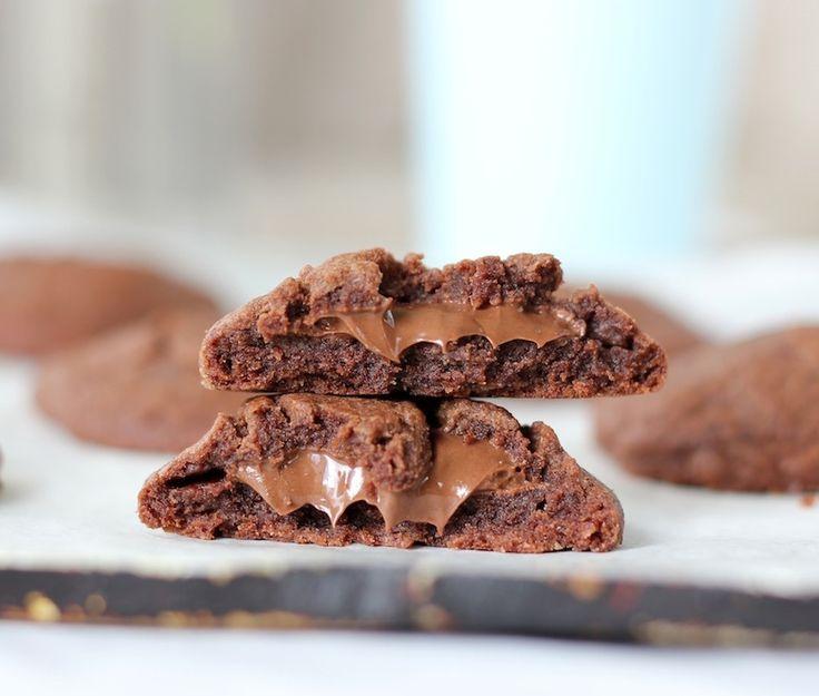 Nutella Stuffed Easy Nutella Cookies