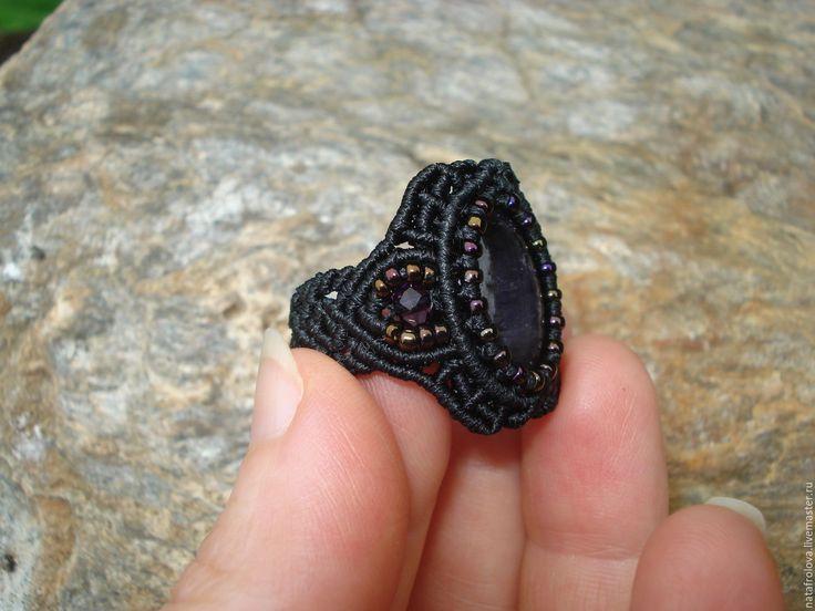 Купить Кольцо с аметистом - черный, кольцо, плетеное кольцо, фиолетовый, аметист натуральный, тёмно-фиолетовый
