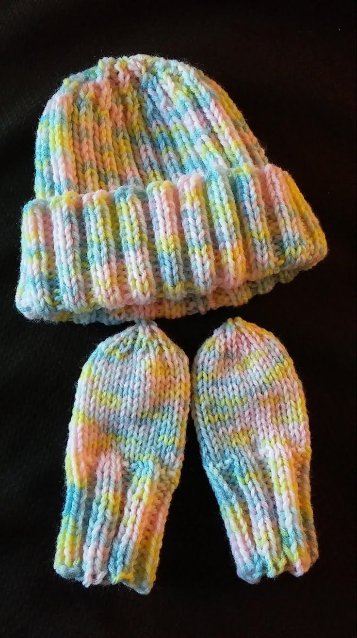 Newborn Hat Amp Mitten Set Free Pattern Baby Hats