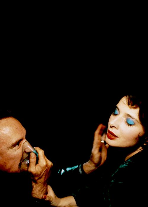 Dennis Hopper and Isabella Rossellini in Blue Velvet, 1986.