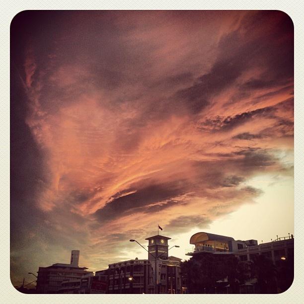 Bondi Armageddon? #bondi #atbondi #sky #clouds #sunset #dusk #twilight #clouds #sydney