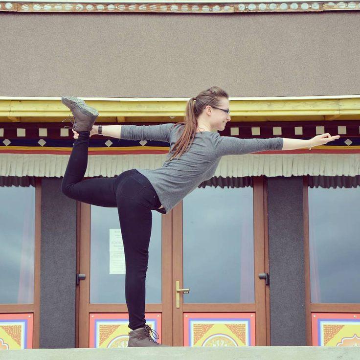 A closer look on my improving Dandayamana Dhanurasana - Standing Bow Pulling Pose.  Fellow Yogis, I'd love to hear your advice on how to do better! Namaste! 🙏😊  http://wanderingmindfulness.life  #Yoga #YogaEveryDamnedDay #YogaLove #YogaGirl #YogaLife #YogaChallenge #YogaInspiration #YogaEverywhere #InstaYoga #YogaEveryDay #YogaPose #YogaPractise #YogaAddict #YogaGram #ILoveYoga #YogaJourney #Buddhism #Buddhist #Temple  #Europe #Hungary #Travel #Travelling #Travelgram #InstaTravel…