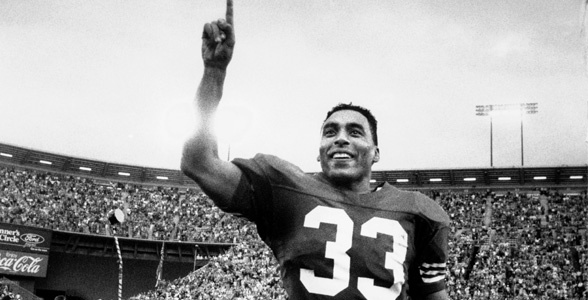 The first NFL running back to gain 1,000 yards rushing and 1,000 yards receiving in the same season. Roger Craig was ahead of his time.