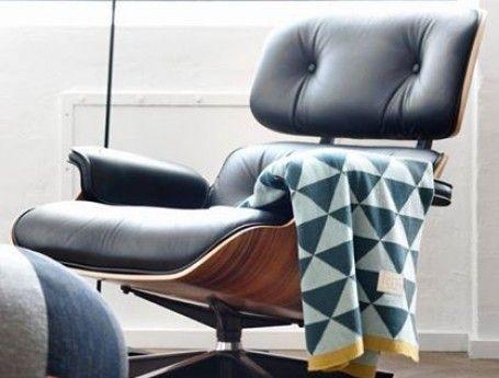 Meer dan 1000 afbeeldingen over living home decoration op pinterest koper stoelen en - Tafel met chevet ...