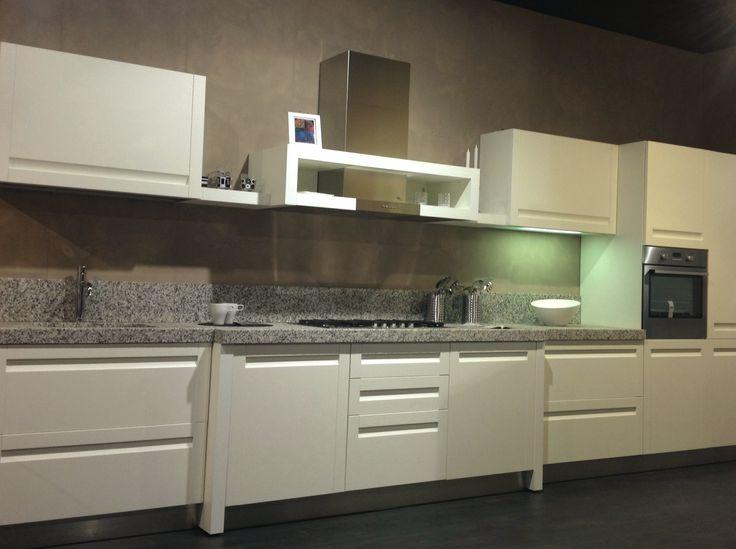 cucina bianca + top granito sardo - Cerca con Google