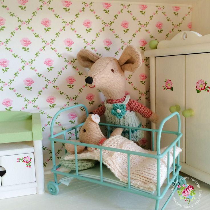 Shabby-Roses-Cottage
