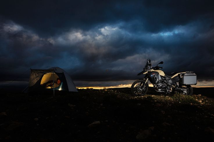 http://www.totalmotorcycle.com/motorcycles/2013models/2013-BMW-F800GS-Adventure3.jpg