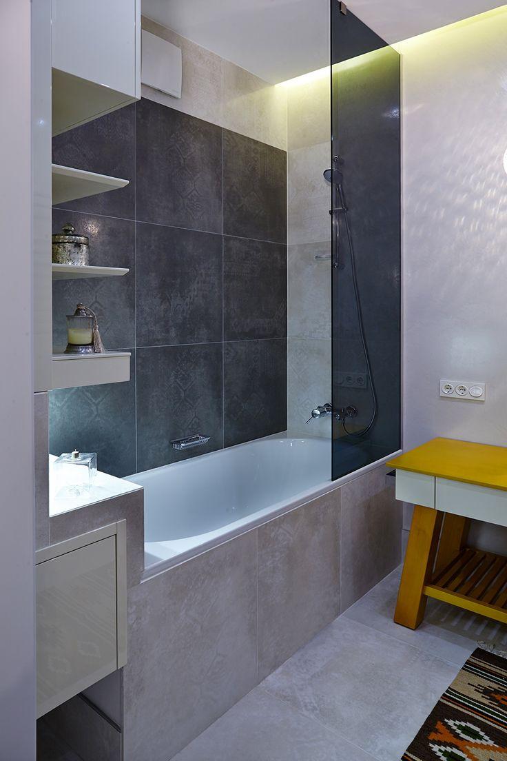 small apartment 24