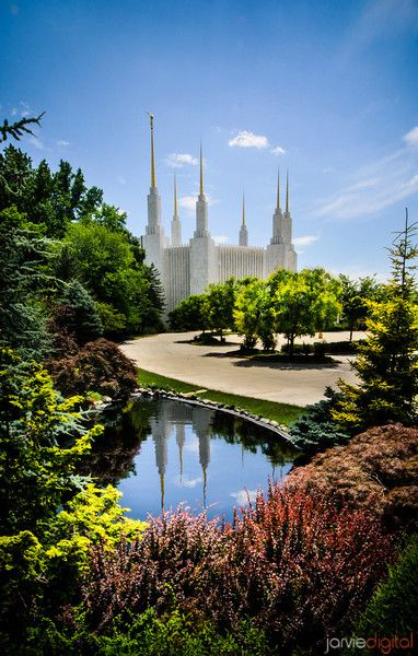 Image #115 - Jarvie Digital - Washington DC LDS Temple - Mid Summer day With reflection in water feature
