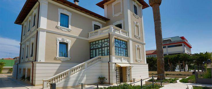 Hotel 900, Giulianova Lido, TE, Abruzzo, Italy.  http://meditour.it/properties/giulianova-lido/hotel-900/