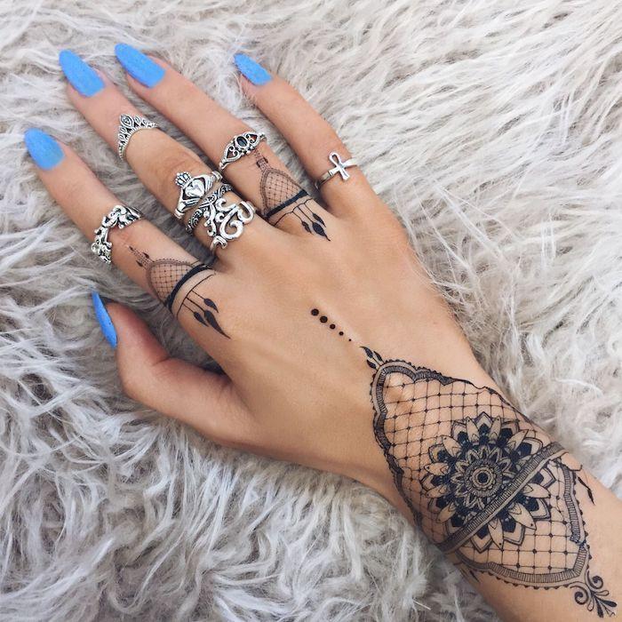 Hand frau tattoo 40 Best