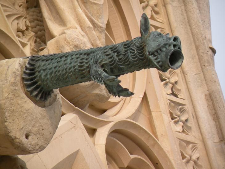 Reims, gargouille, détail de la cathédrale