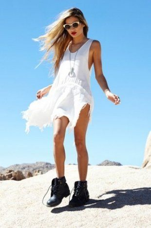Nasty Gal Coachella 2013: Valley Girl Lookbook - Add an edgy vibe to your festival outfits with fab new ideas from the Nasty Girl lookbook.