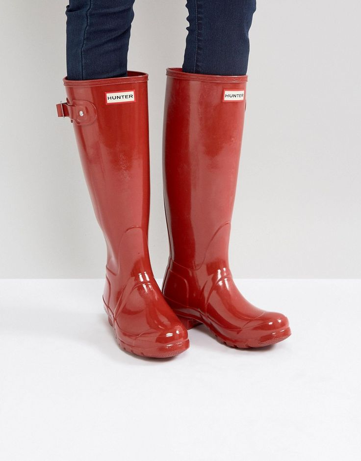 Get this Hunter's wellies now! Click for more details. Worldwide shipping. Hunter Original Tall Military Red Gloss Wellington Boots - Red: Boots by Hunter, Waterproof upper,High-shine finish, Hunter logo detail, Strap fastening, Knee high, Round toe, Wipe with a damp sponge. The original wellington boot manufacturer with more than half a century's experience, heritage label Hunter has earned worldwide recognition and a royal warrant for its outerwear and footwear collection. Fusing fashion…