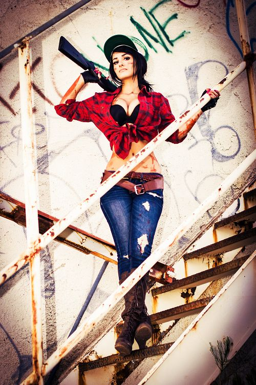 """Black Ops 2 Zombies Misty Signed Cosplay Print 11""""x17"""""""