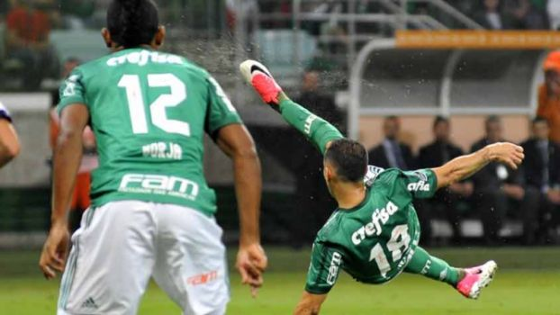 Voleio espetacular! Guerra! Palmeiras 3 x 1 Atlético Tucumán
