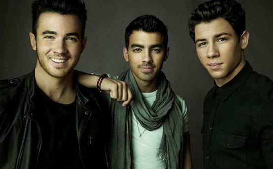 Jonas Brothers New Single Leaked?  - http://www.jamspreader.com/2013/06/15/jonas-brothers-new-single-leaked/ -  Jonas Brothers are back with a whole new single this time around. Ready to put your pom poms down for Jonas Brothers new tunes? June 25th  the groups new single, First Time, will be released so only a month and half to go. The track supposedly was leaked earlier this week... - first time, Jonas Brothers, june 25th, new album, poms poms