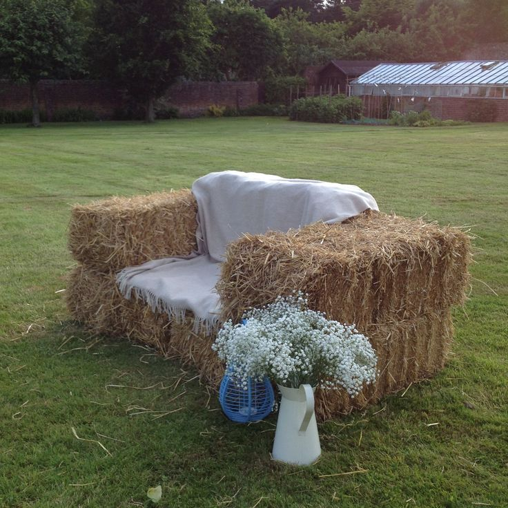 Best 25 Hay Bale Couch Ideas On Pinterest Hay Bale